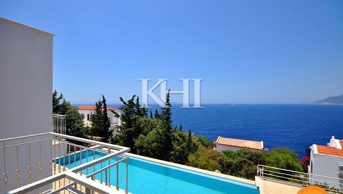 Sea view villa in Turkey