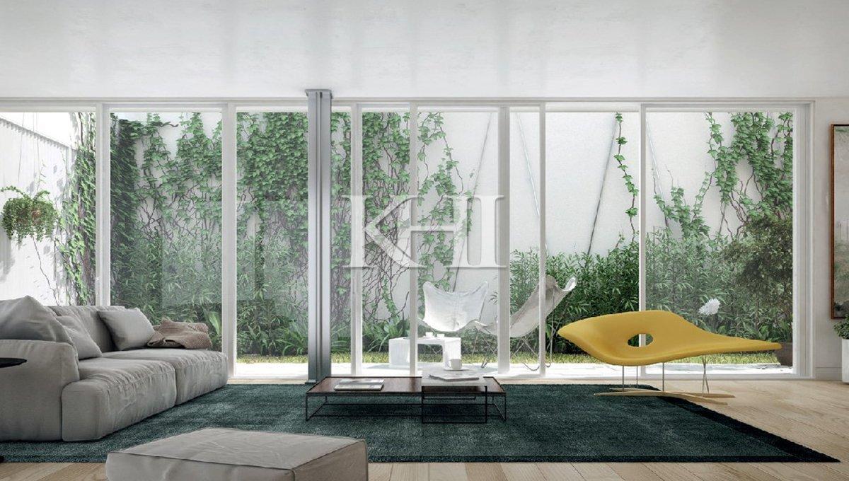 1_0000_Living room