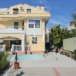 Detached Calis Villa For Sale
