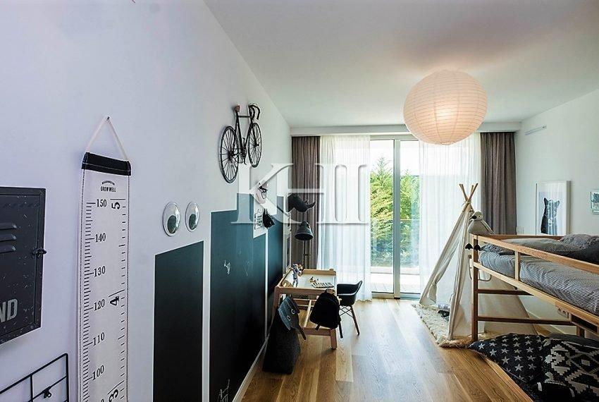 1_0012_LGV_Apartment-Model-Int20_Bedroom