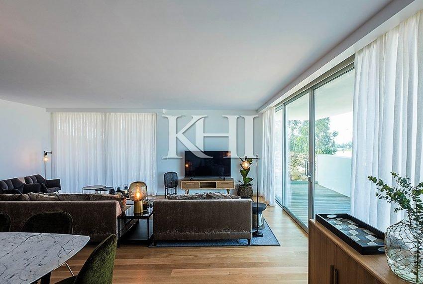 1_0019_LGV_Apartment-Model-Int13_LivingRoom