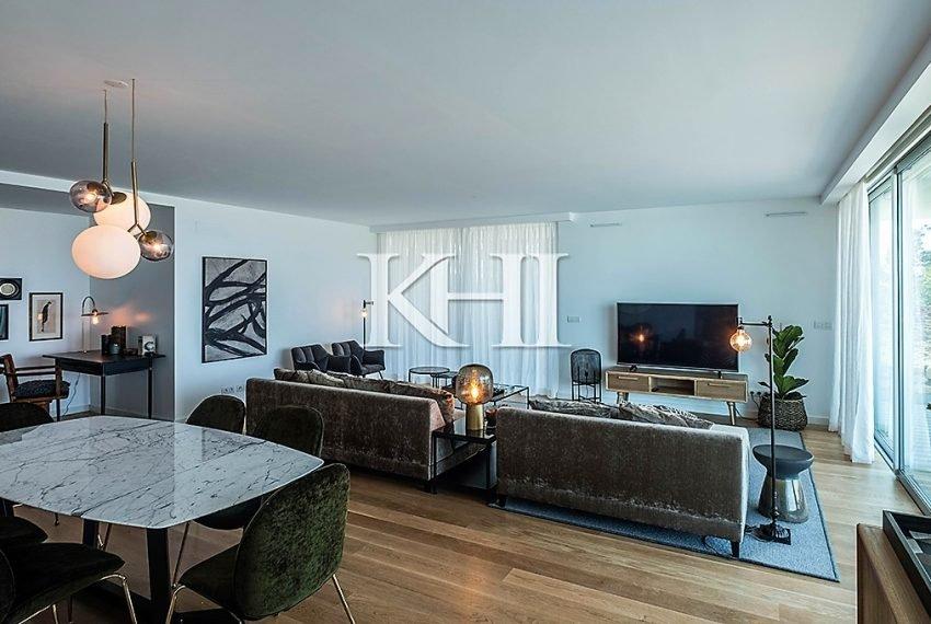 1_0020_LGV_Apartment-Model-Int12_LivingRoom