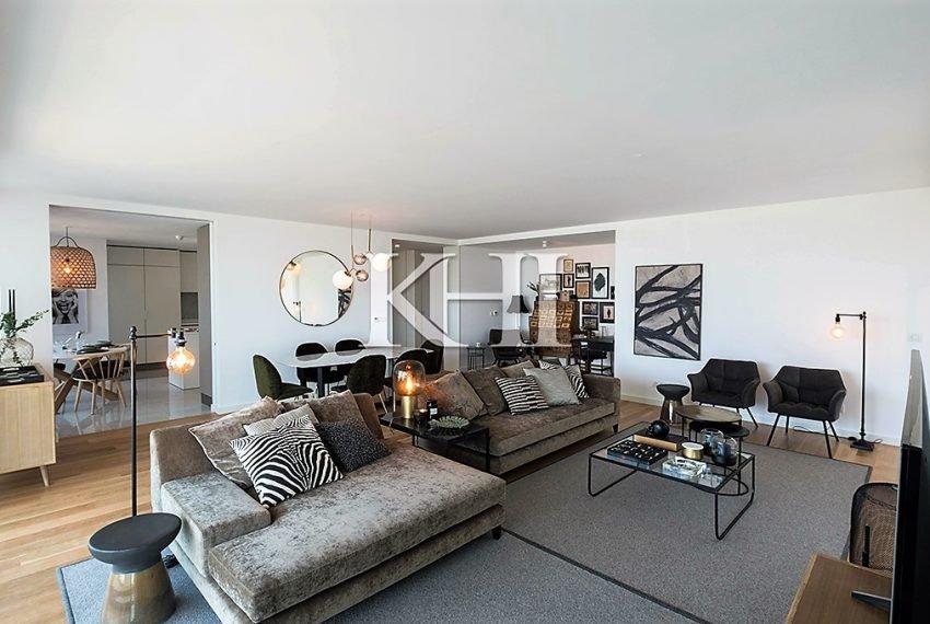 1_0022_LGV_Apartment-Model-Int10_LivingRoom