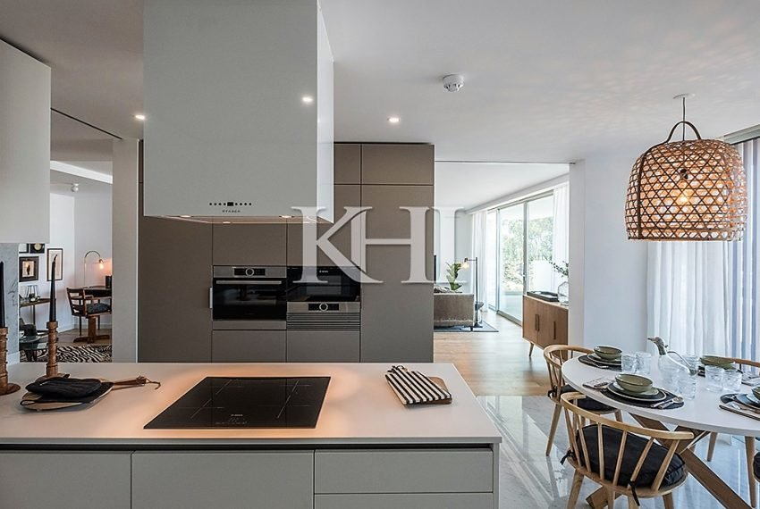 1_0030_LGV_Apartment-Model-Int02_Kitchen