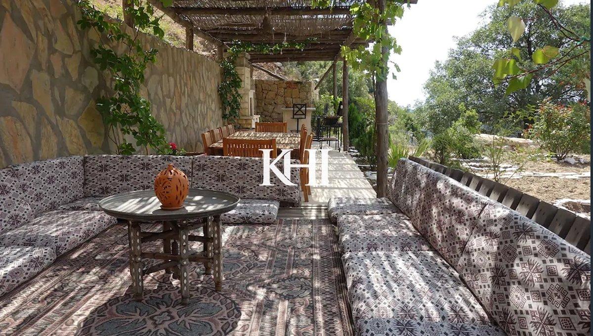 Islamlar Traditional Stone Villa