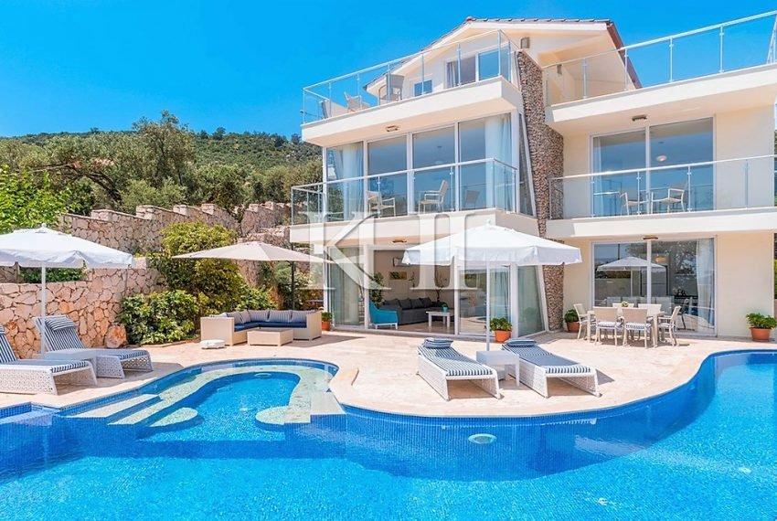 5 Bedroom luxury villa for sale in Kalkan (14)