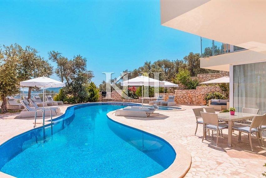 5 Bedroom luxury villa for sale in Kalkan (16)