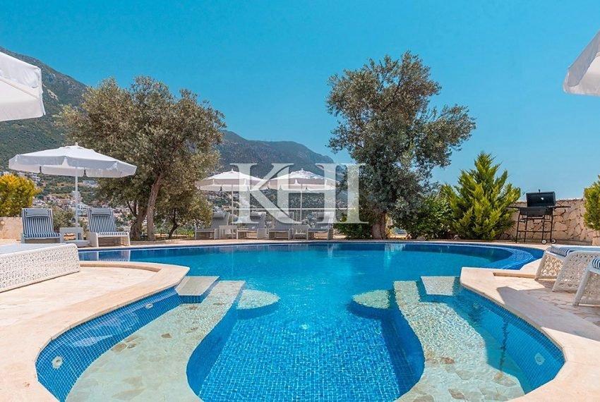 5 Bedroom luxury villa for sale in Kalkan (18)