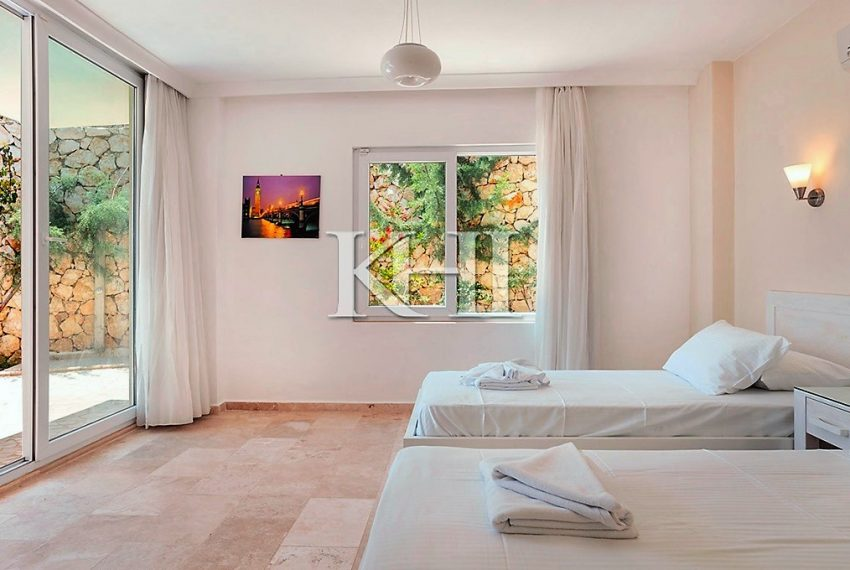 5 Bedroom luxury villa for sale in Kalkan (22)