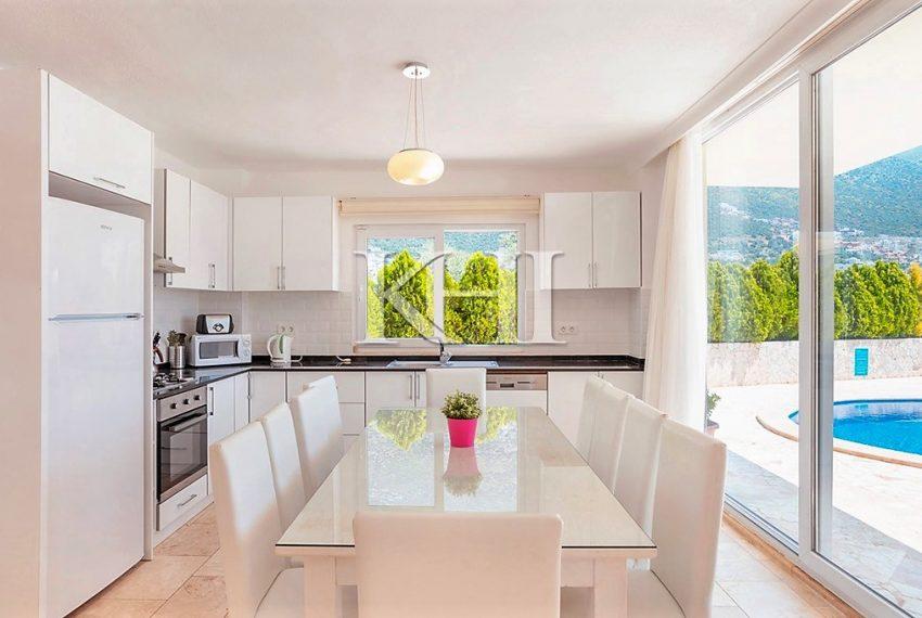 5 Bedroom luxury villa for sale in Kalkan (24)