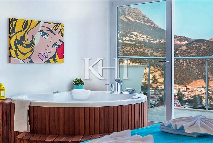 5 Bedroom luxury villa for sale in Kalkan (25)