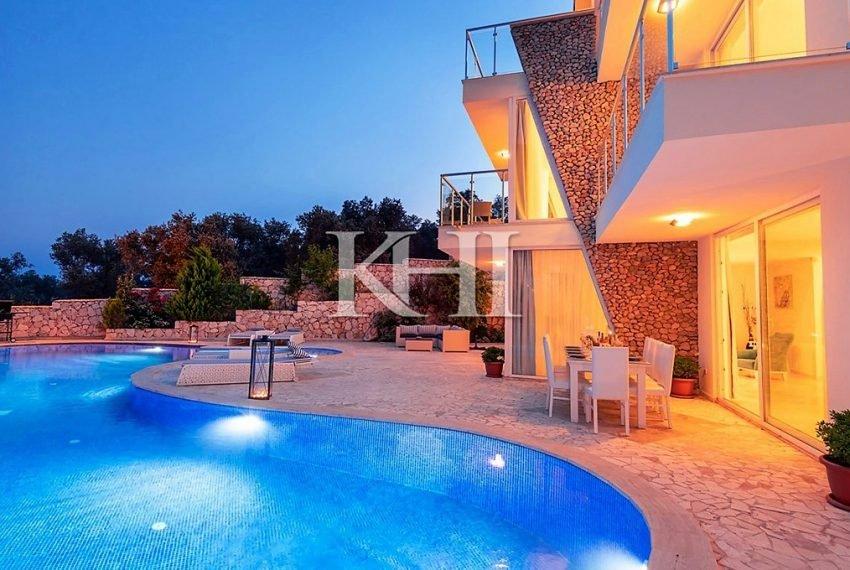 5 Bedroom luxury villa for sale in Kalkan (28)