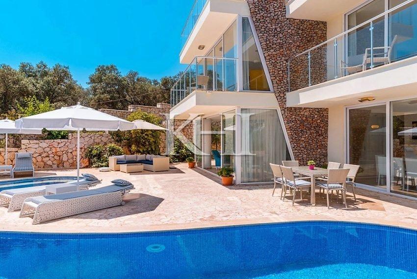 5 Bedroom luxury villa for sale in Kalkan (9)