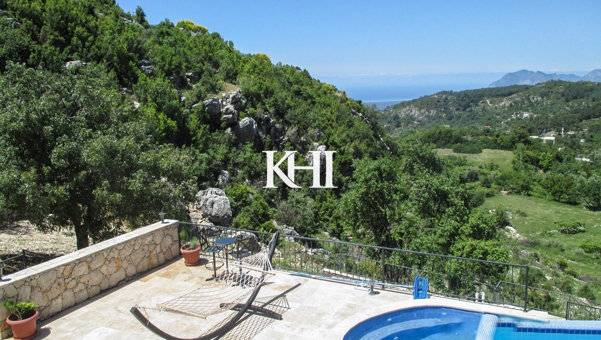 Traditional Mountain Villa With Sea Views For Sale
