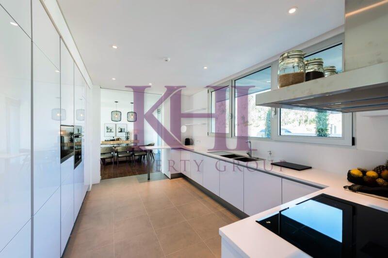 LGV_THouse-Model-Int10_Kitchen