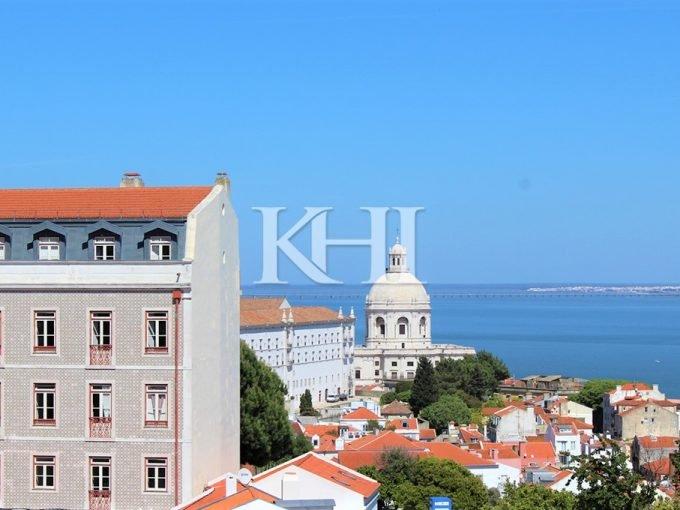 Modernized Authentic Lisbon Apartment