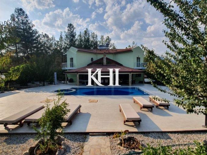 Spacious Uzumlu Villa For Sale