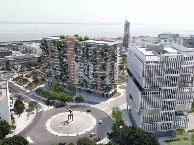 3 Bedroom Riverview Lisbon Apartments