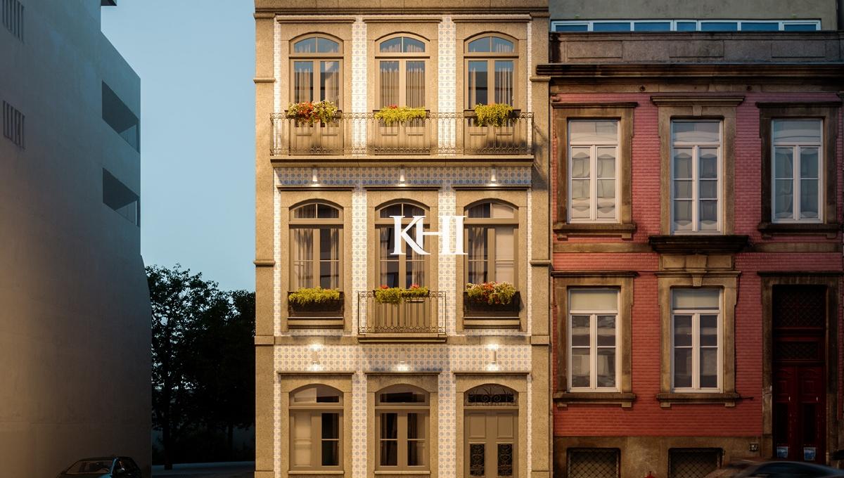 Apartment For Sale in Porto