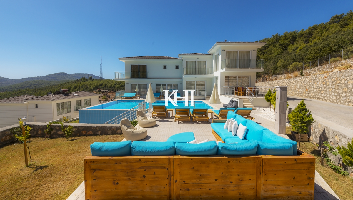 Furnished Six-Bedroom Ovacik Villa For Sale