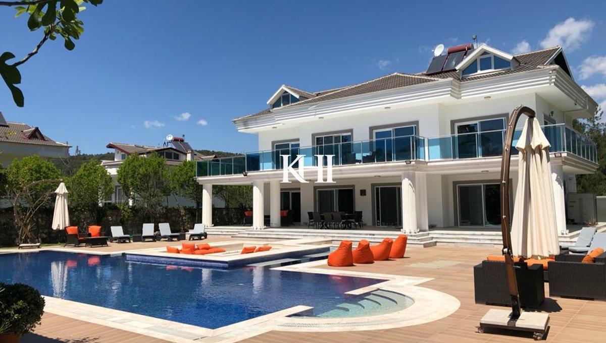 Luxury Five-Bedroom Ovacik Villa For Sale