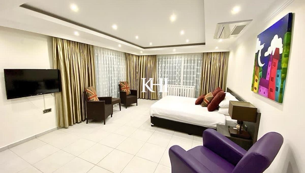 Luxury Five-Bedroom Large Villa