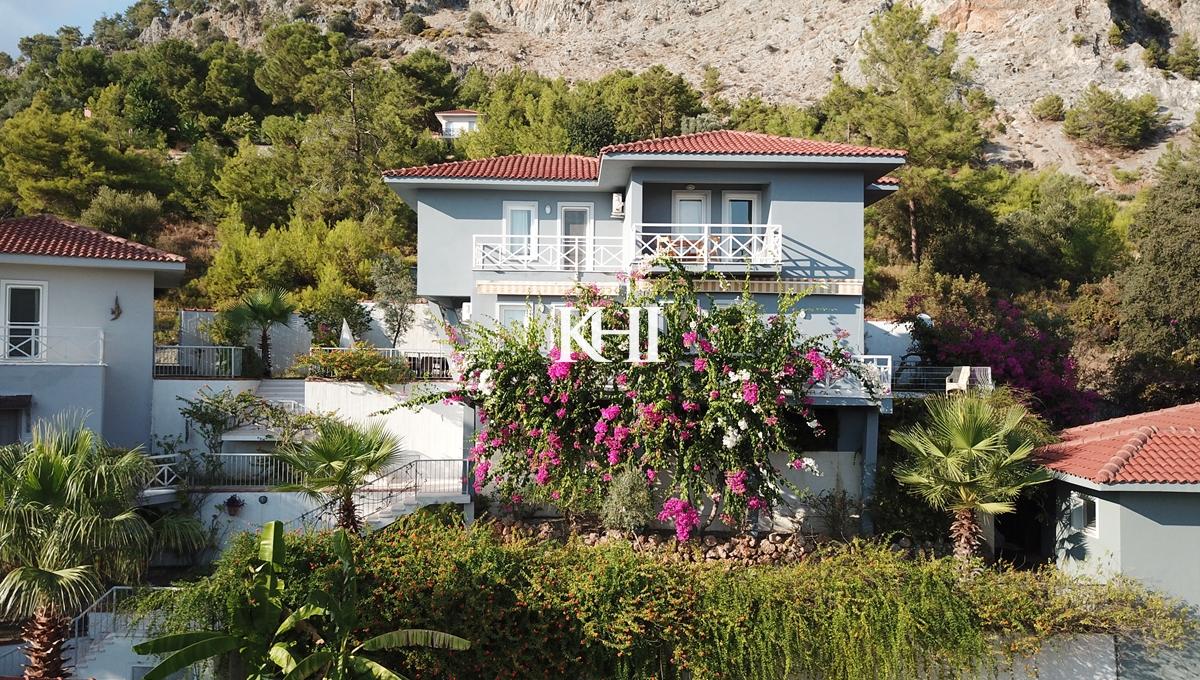 Three-Bedroom Villa For Sale in Gocek