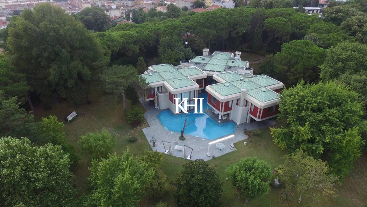 Mansion For Sale in Yenikoy Istanbul