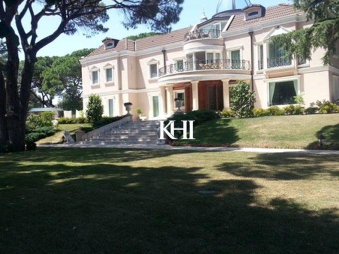 Luxury Mansion in Tarabya