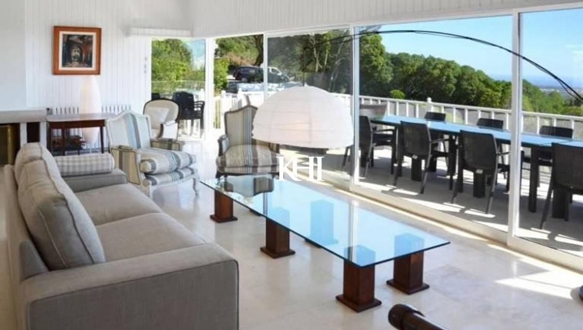 Magnificent Sea-View Villa